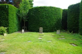 Pet Cemetery Knebworth. Summer 2016. ©Text and photos Carole Tyrrell